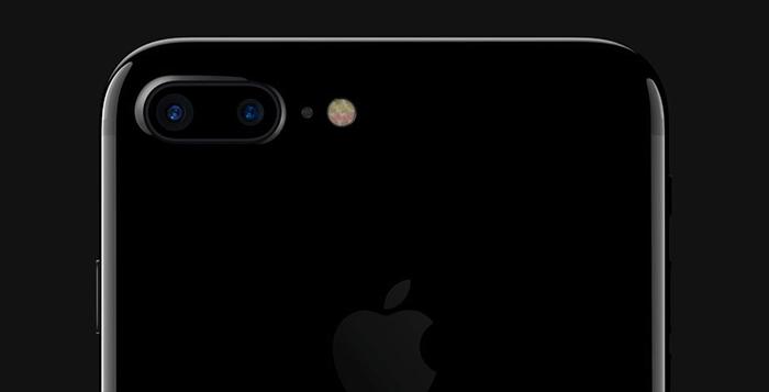 iphone7-plus-vs-htc-m8-camera-cover