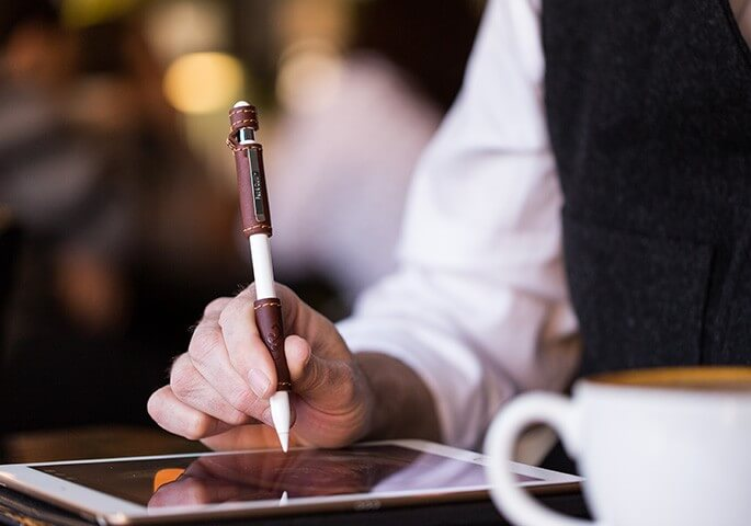 Leather Apple Pencil Grip 皮革保護套改善太滑、易滾動、充電蓋遺失問題
