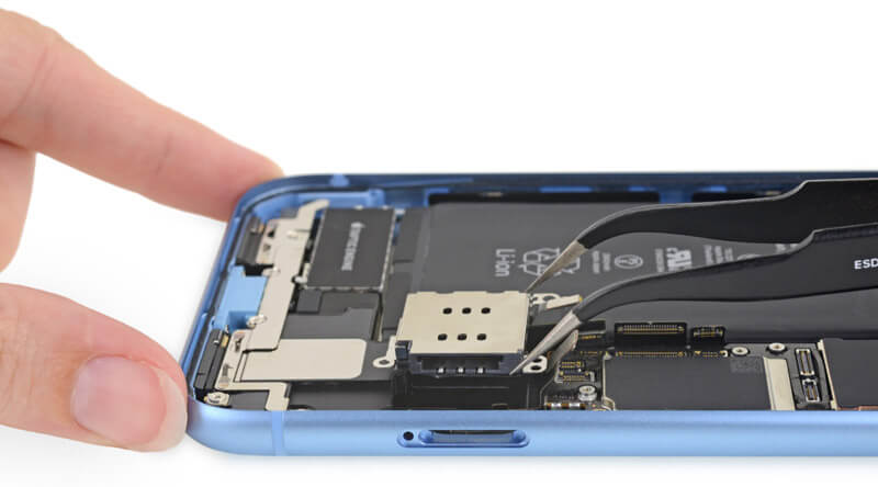 iFixit拆解iPhone XR照片7
