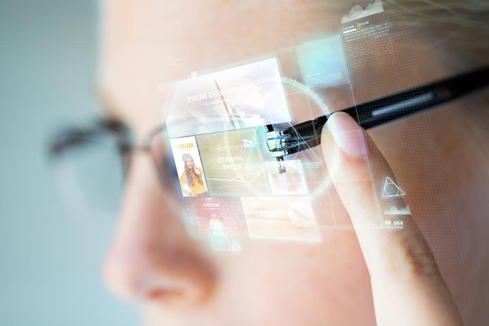 蘋果智慧眼鏡 Apple Glass 專利曝光,原來蘋果也想實現電影上的效果