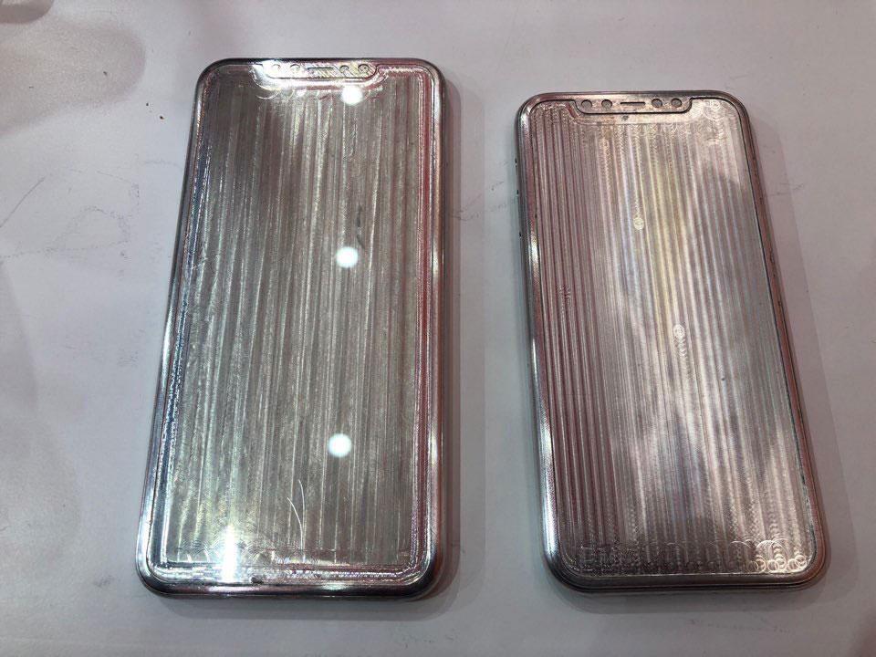 iPhone XI 和 iPhone XIMax 模具洩密照前面版