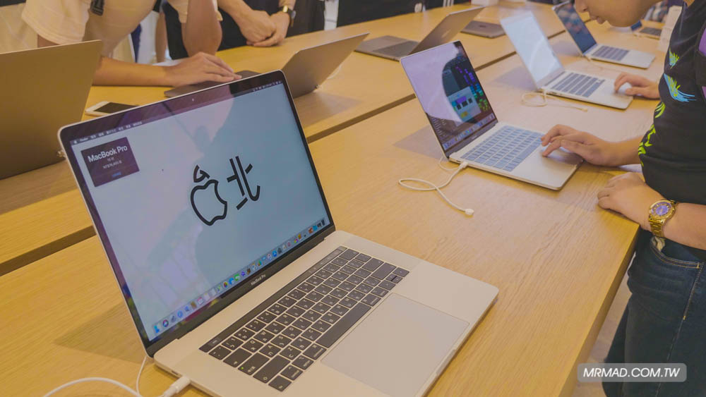 Apple 信義A13 蘋果直營店開幕活動紀錄,非常適合體驗蘋果自然空間15