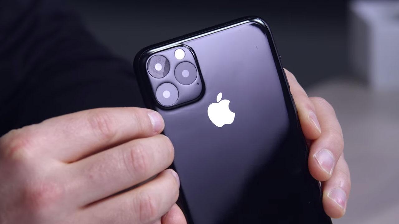 最接近 iPhone 11 Max 實機外觀的模型機曝光!三鏡頭模組很吸睛