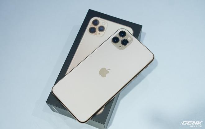 iPhone 11 Pro Max 金色開箱