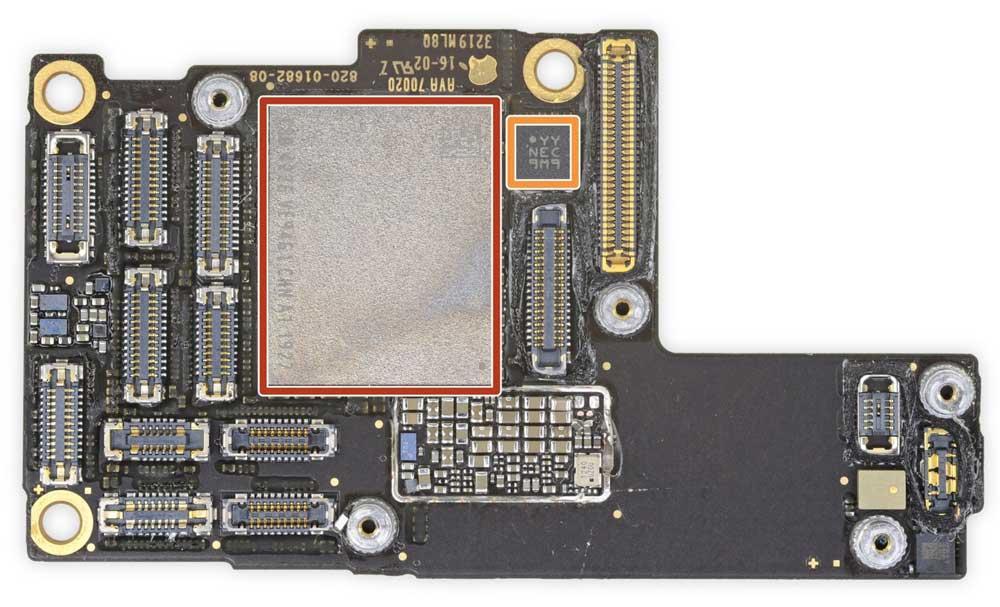 iPhone 11 Pro Max 主機板2