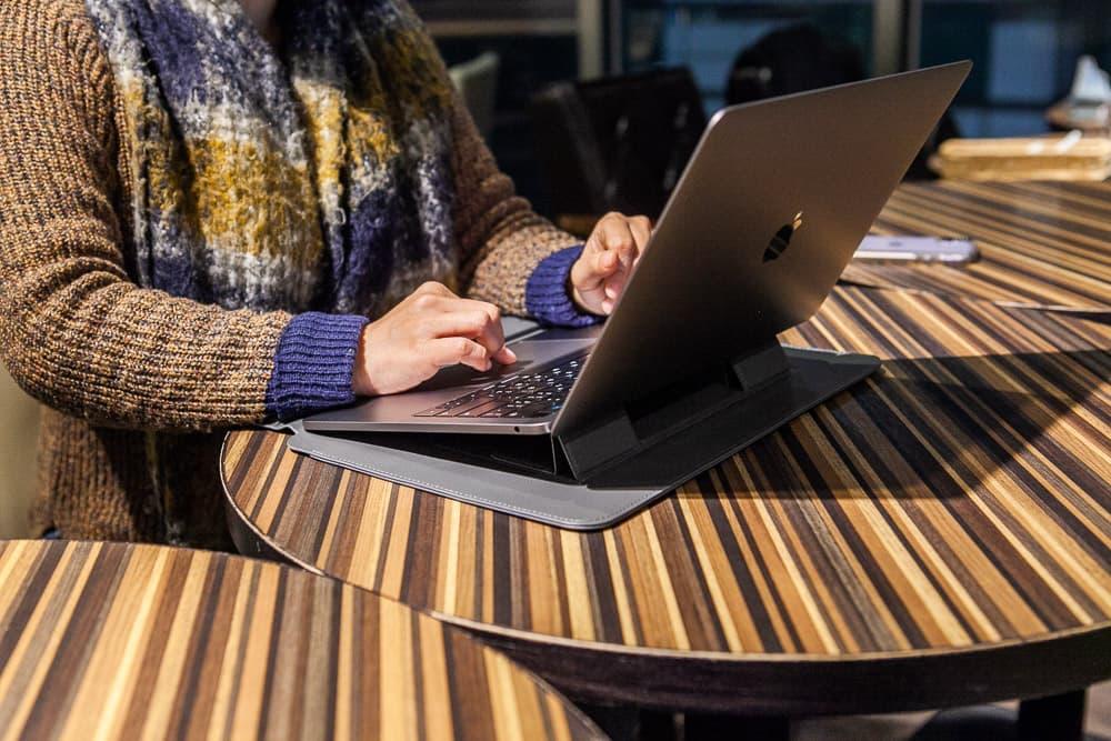 SINEX 變形筆電包開箱評測:3合1多功能變形筆電包問世1
