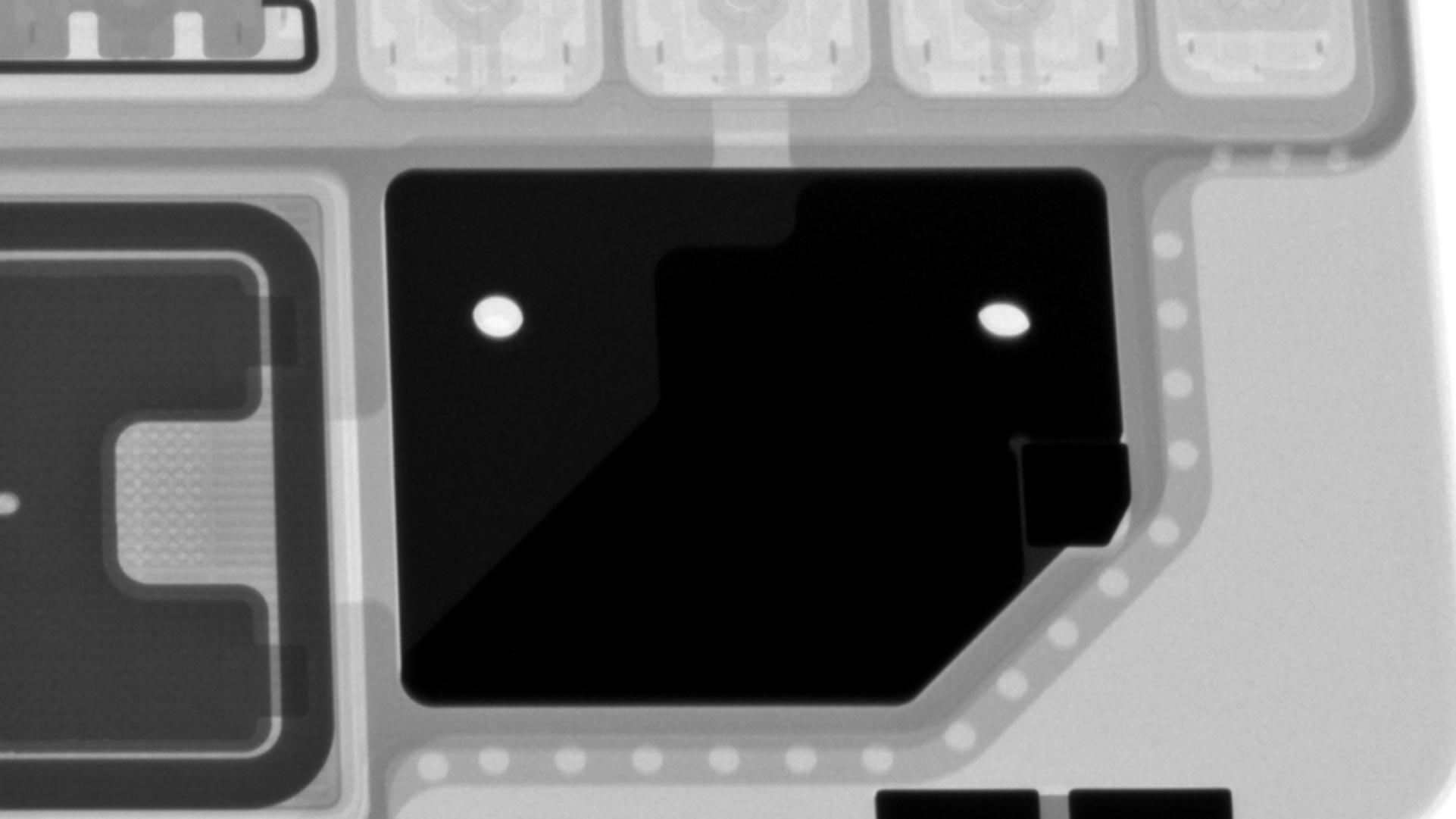 iPad Pro巧控鍵盤X光照片金屬片