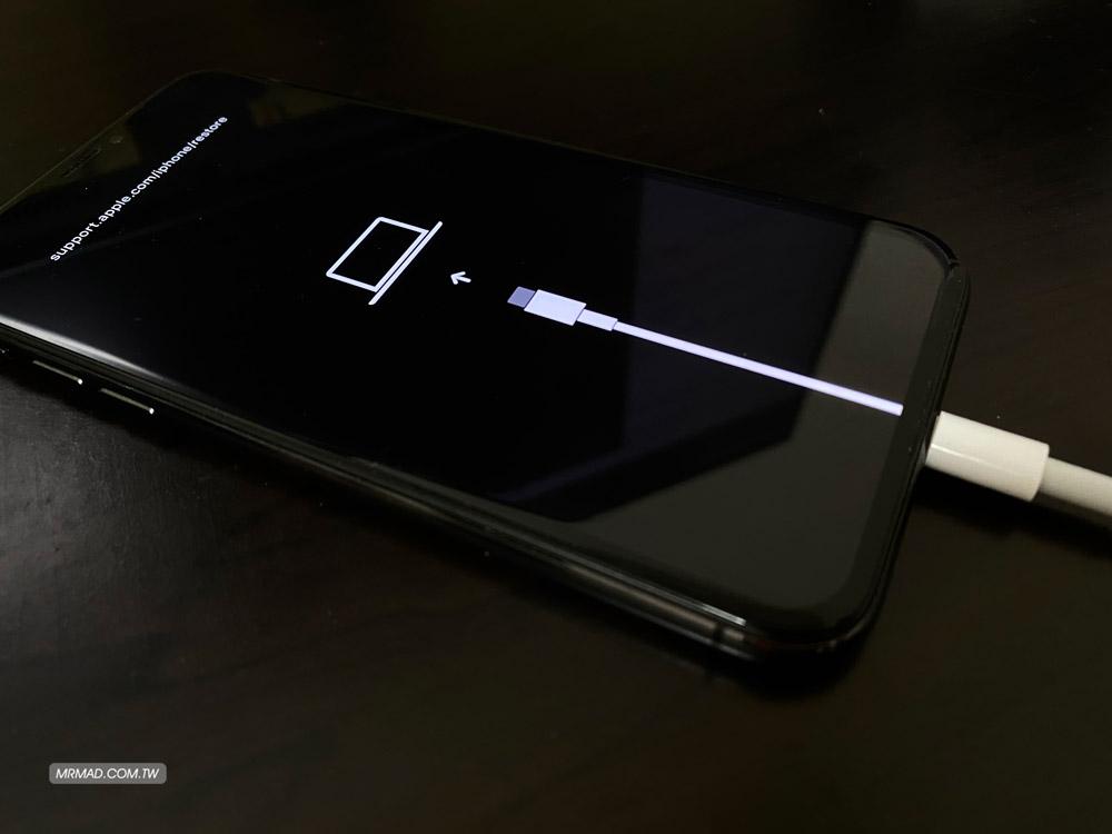 iPhone 進入回復模式畫面