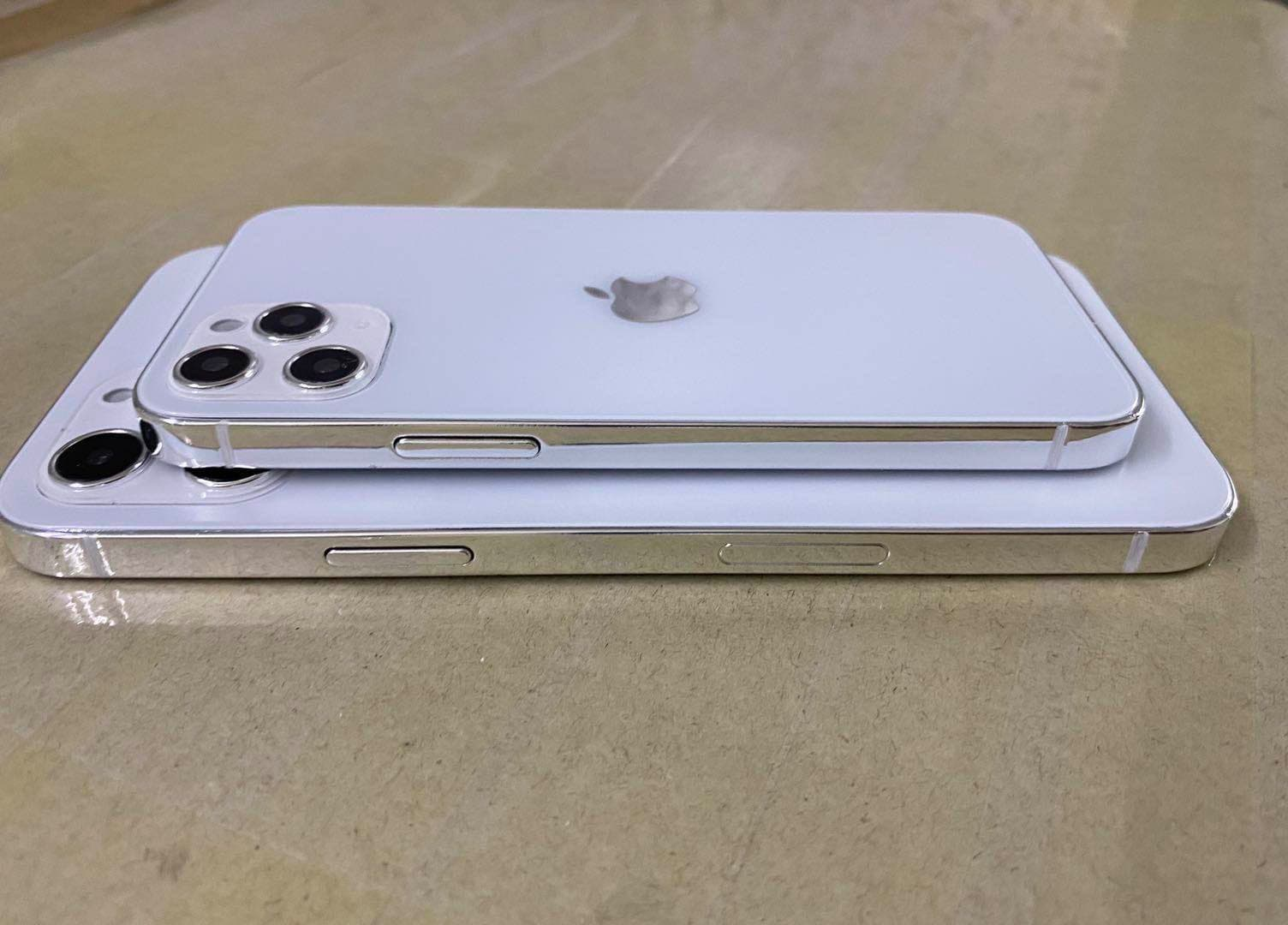 首款 iPhone 12 實體模型機曝光,外觀如同縮小版 iPad Pro