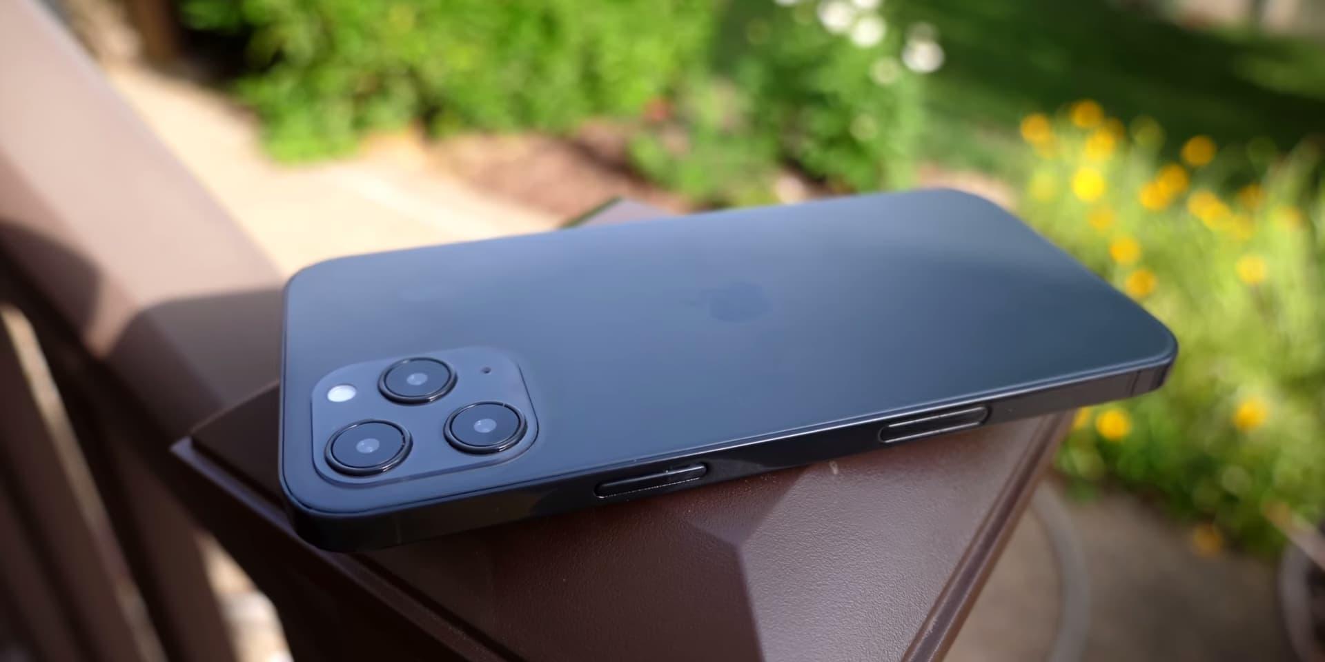 蘋果 iPhone 12 實機模型再度曝光,三款尺寸外觀近距離搶先看2