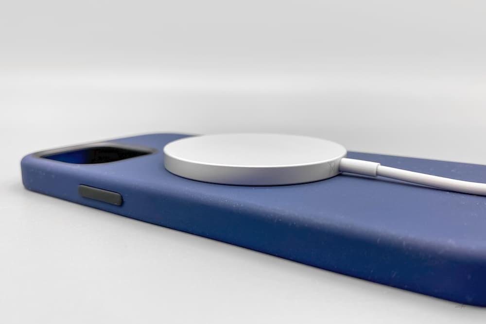蘋果 MagSafe 充電器和保護殼開箱9