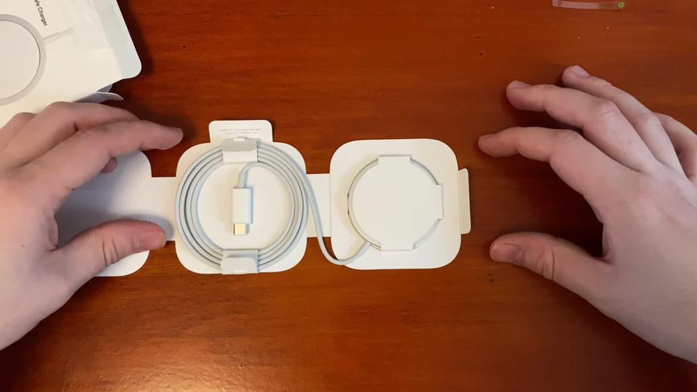 蘋果 MagSafe 充電器和保護殼開箱2