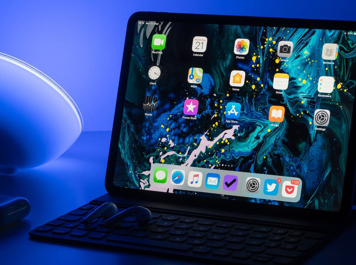 微軟替 iPad 版 Office 支援滑鼠與觸控版,平板編輯非難事