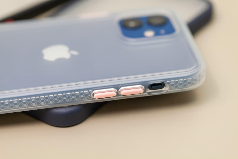 Hoda 柔石、晶石 iPhone 12 手機殼開箱,藍色款救星降臨10