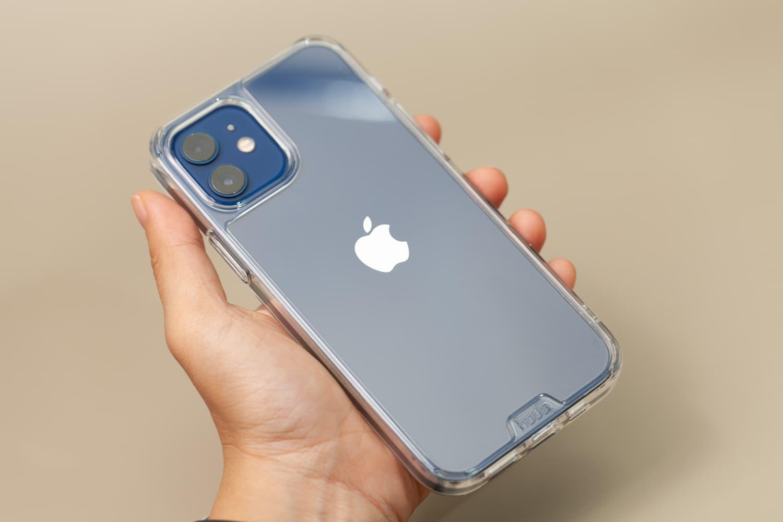 Hoda 柔石、晶石 iPhone 12 手機殼開箱,藍色款救星降臨20
