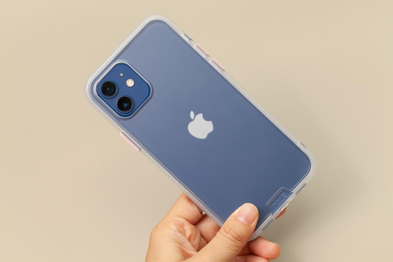 Hoda 柔石、晶石 iPhone 12 手機殼開箱,藍色款救星降臨6