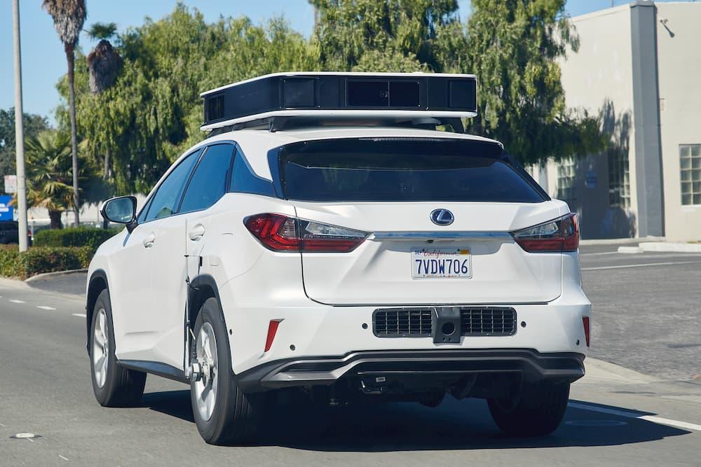 Apple Car 自動駕駛系統在庫比蒂諾(Cupertino)路上測試