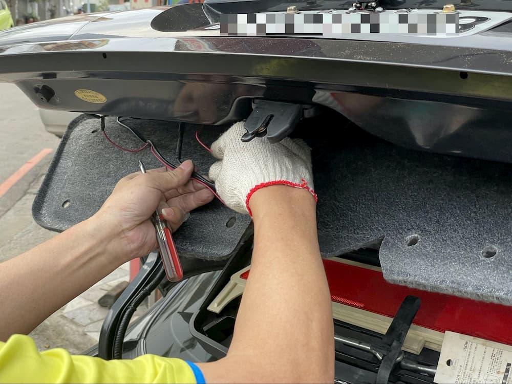 CarPlay Wireless D 支援倒車顯影功能3