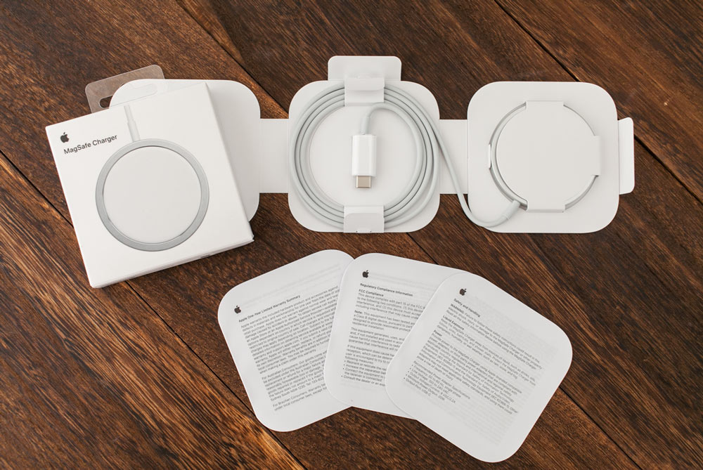 Apple MagSafe 充電器開箱:簡約、迷你、優雅4