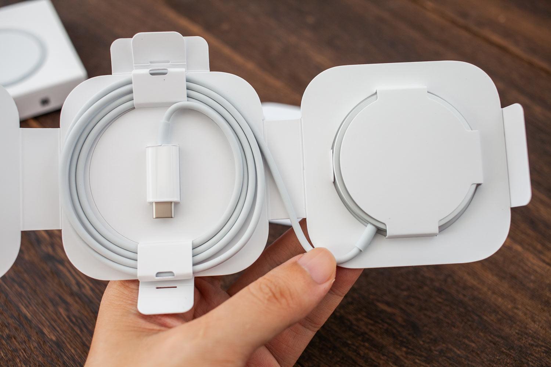 Apple MagSafe 充電器開箱:簡約、迷你、優雅5