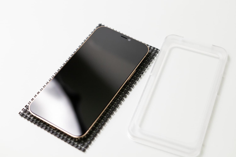 iPhone 12 hoda 藍寶石保護貼開箱15