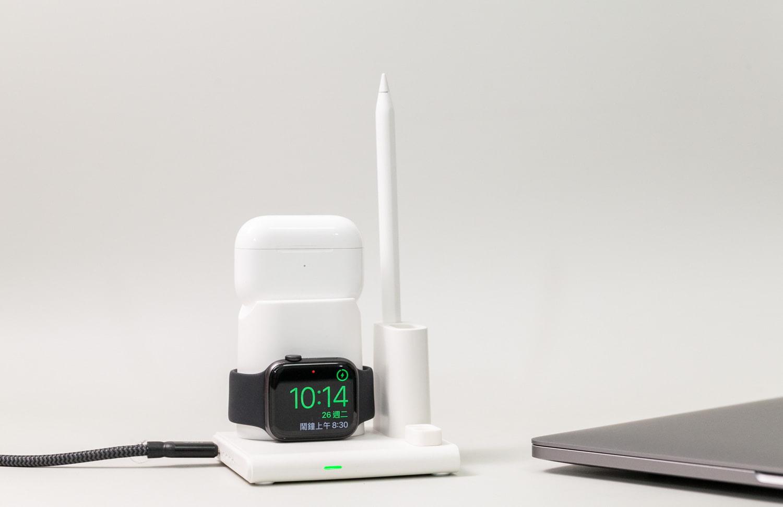 亞果 OMNIA Q4 四合一無線充電座開箱,簡約、可拆、多功能設計