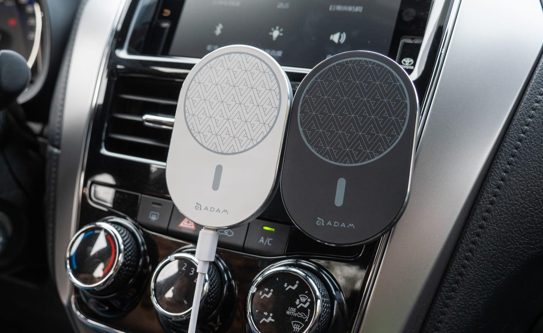 亞果 OMNIA C2 車用磁吸快充分享4