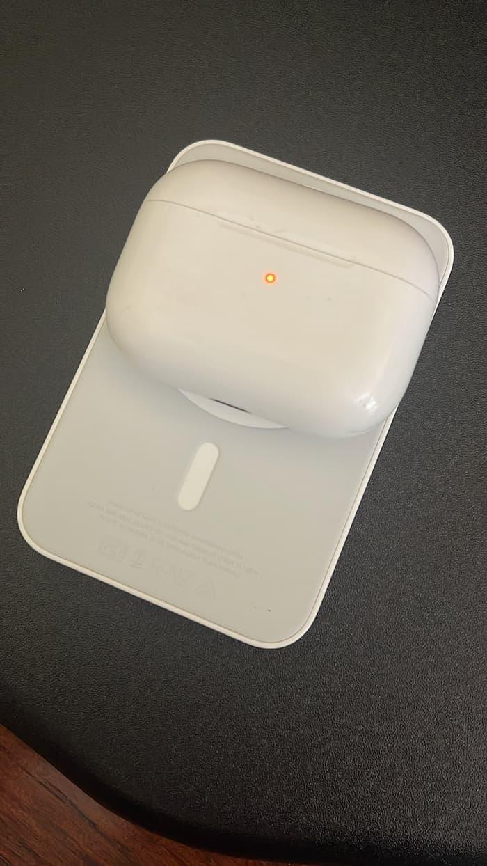 Apple MagSafe外接式電池支援AirPods無線充電,實體上手照曝光